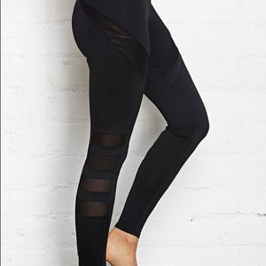 SHEER MESH PANEL BLACK WORKOUT ATHLETIC LEGGINGS